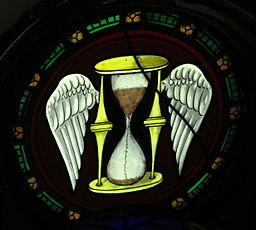 Saint_Peter_Church_(Upper_Sandusky,_Ohio)_-_stained_glass,_Tempus_Fugit_-_Time_Flies